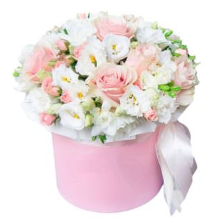 Цветы в коробке «Шарм»