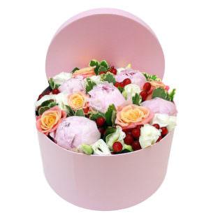 Цветы в коробке «Ванильное облако»