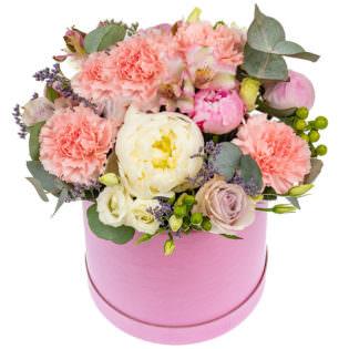Цветы в коробке «Влюбленность»