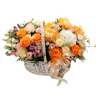 Цветы в корзинке «Игривая улыбка»